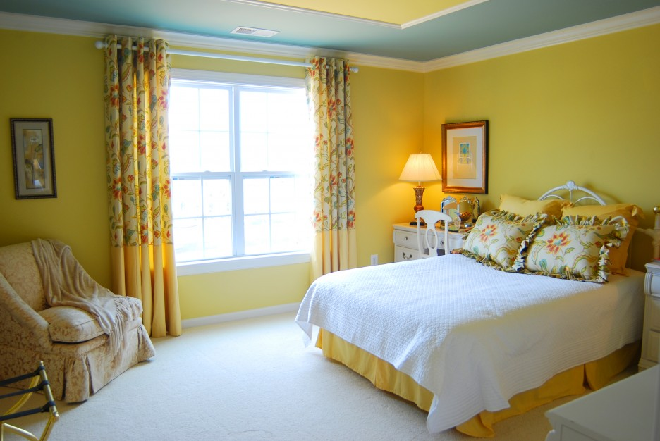 Bedroom: Yellow Bedroom Colour Schemes Applied In Spacious Bedroom
